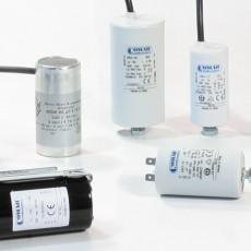 Anlaufkondensator und Betriebskondensatoren